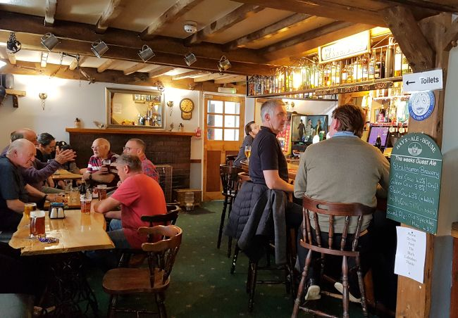The Drovers Inn >> Restaurant and Bar Facilities at Lochcarron Hotel ...